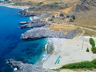 Amoudi beach just 4km from AnnaView apartments