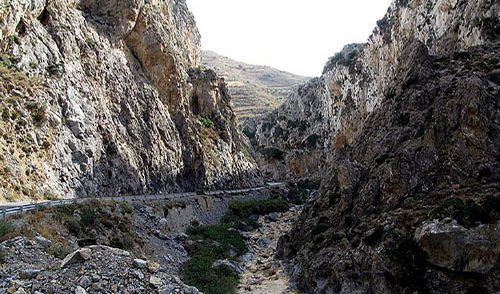 The Kourtaliotiko Gorge in Mirthios