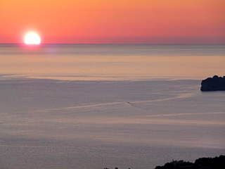 Winter Holidays in Crete - Amazing winter sunset-view from AnnaView apartments
